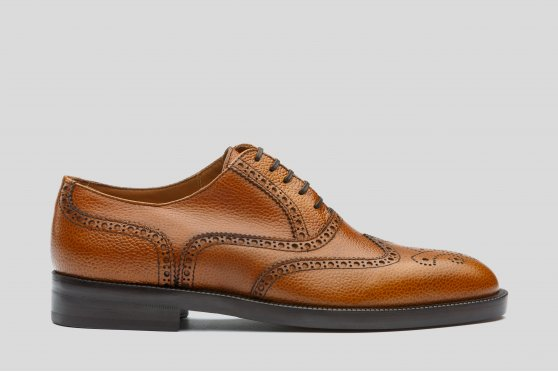 Tan oxford brogue