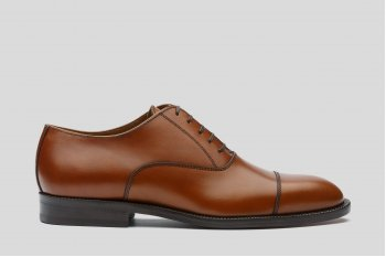 Brown oxford cup toe